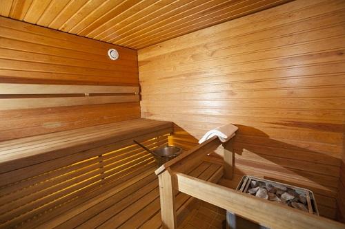 Sauna - ochrana parafínovým olejem
